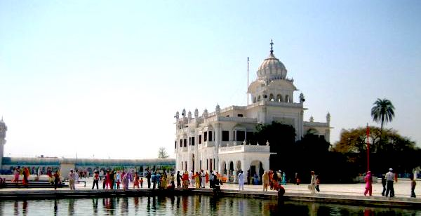 Sultanpur places to see near delhi