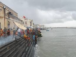 """Gujarat Tourism on Twitter: """"Dwarka - Gomti Ghat is situated at the mouth  of the river. A bath in these waters is believed to purge the soul.  http://t.co/uY9JqCdsWj"""""""
